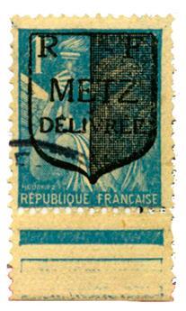 n°6I obl. - Timbre FRANCE Libération (Metz )